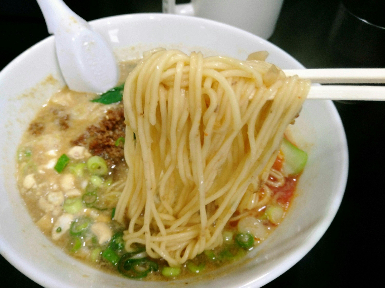 麺屋熊胆 担々麺の麺