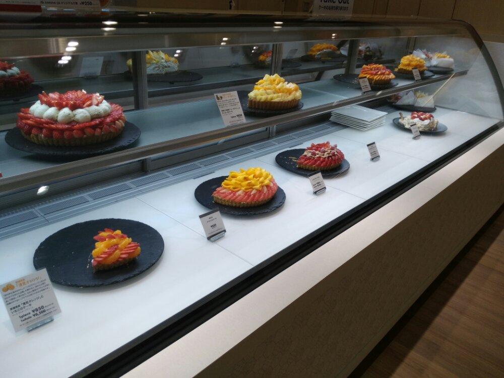 カフェコムサ仙台パルコ店のケーキ